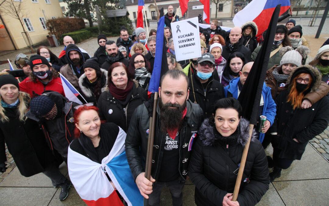 Smuteční pochod za zbytečné oběti Covid-19
